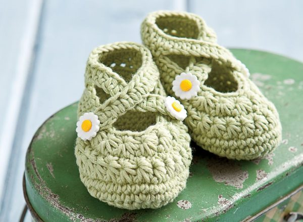 Crochet Two Strap Baby Booties - Crochet for Babies